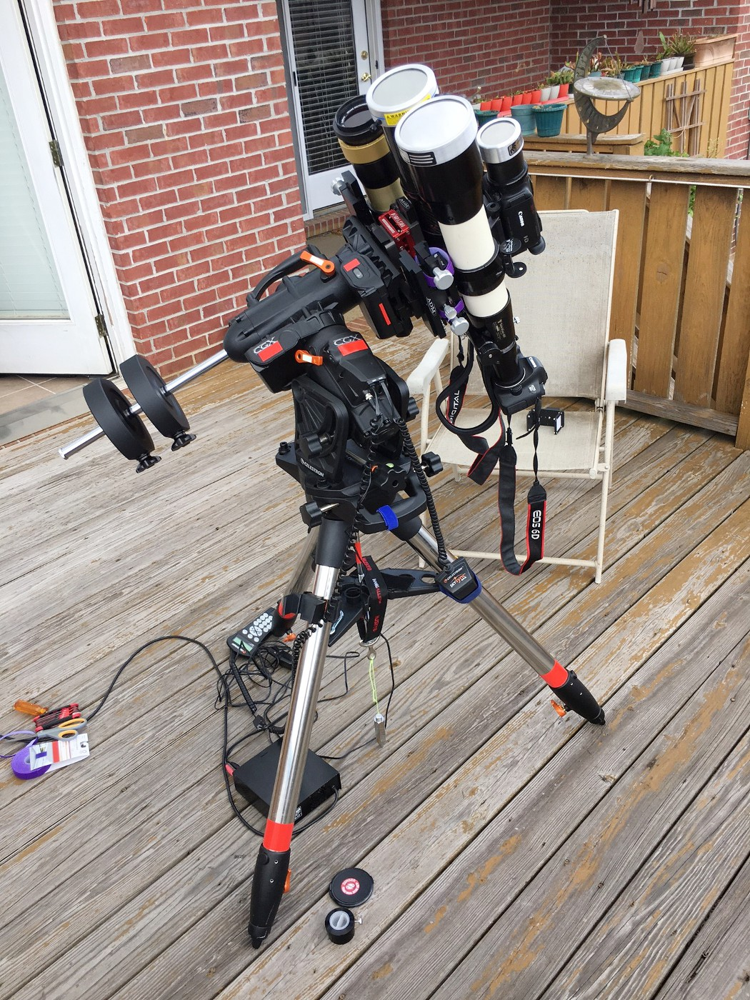 Eclipse imaging setup using a Televue 85 with Canon 6D DSLR